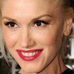 Gwen Stefani Plastic Surgery – Obvious Nose & Boob Job